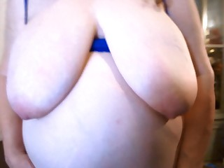 Amateur Big Tits Boobs BBW Fatty MILF Natural Nipples
