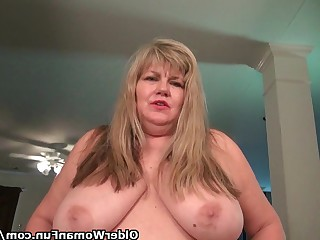 Bus Busty BBW Fatty Horny Mature MILF Nylon