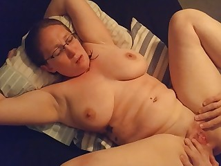 Amateur Ass Big Tits Boobs Fuck Glasses Licking Mammy