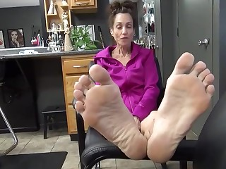 BDSM Feet Foot Fetish Granny Mammy Mature MILF
